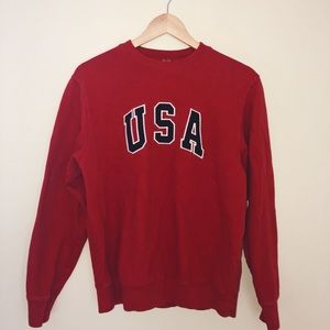 Brandy Melville USA Crewneck Sweatshirt